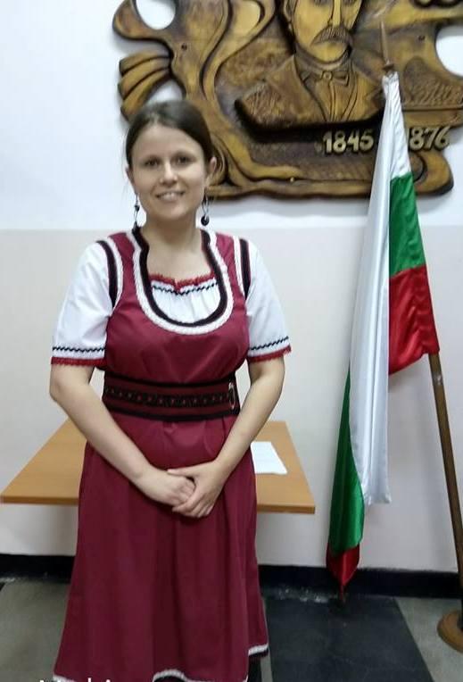 Николина Барбутева